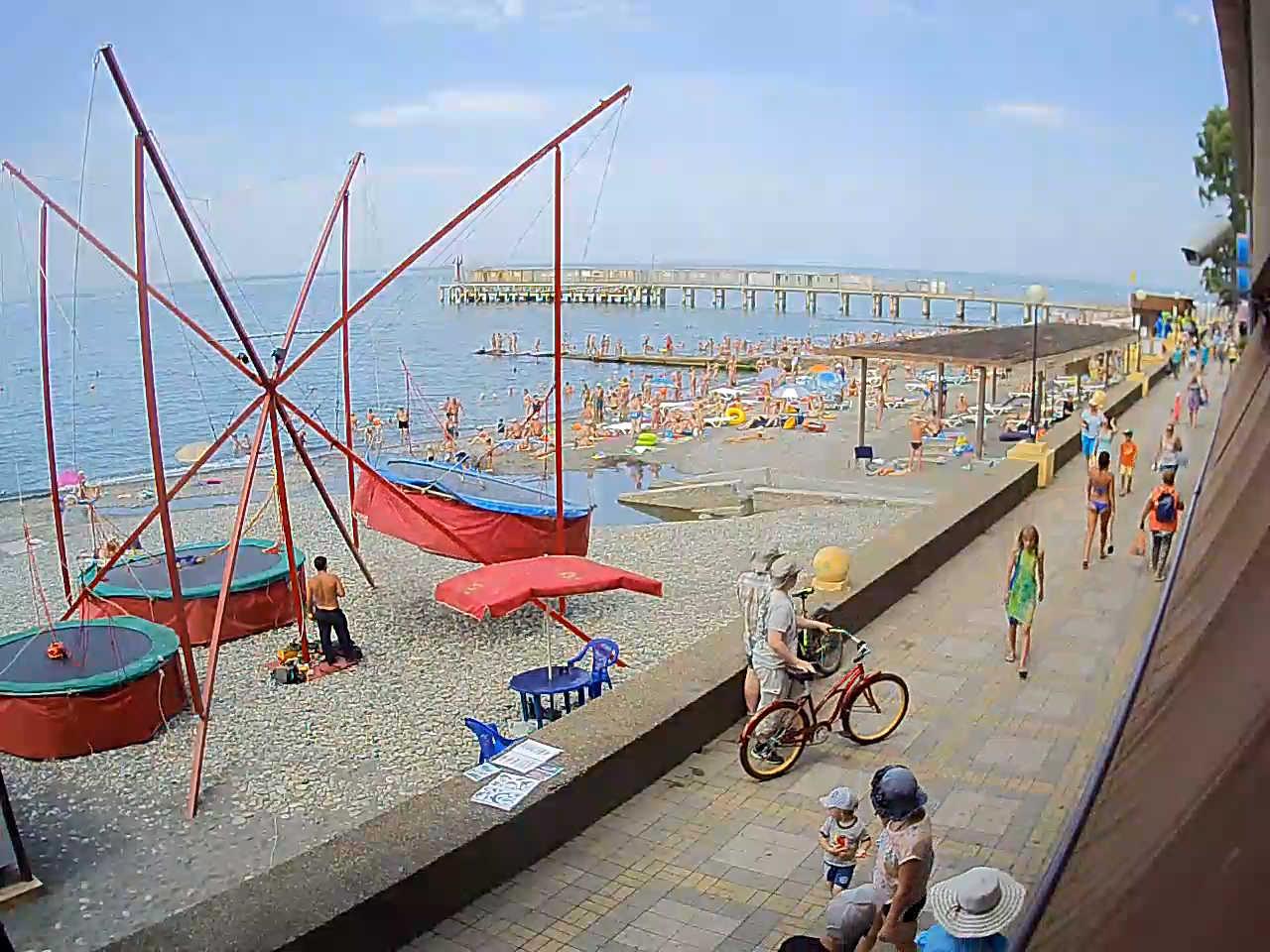 Адлер фото пляжа и города веб камера сейчас